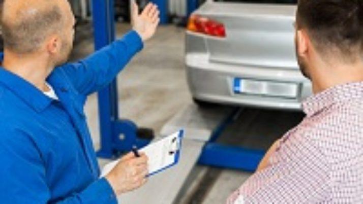 Не исключено, что госзакупки автомобилей стоимостью более 2 млн руб. запретят