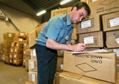 Порог беспошлинного ввоза товаров снизят до 200 евро