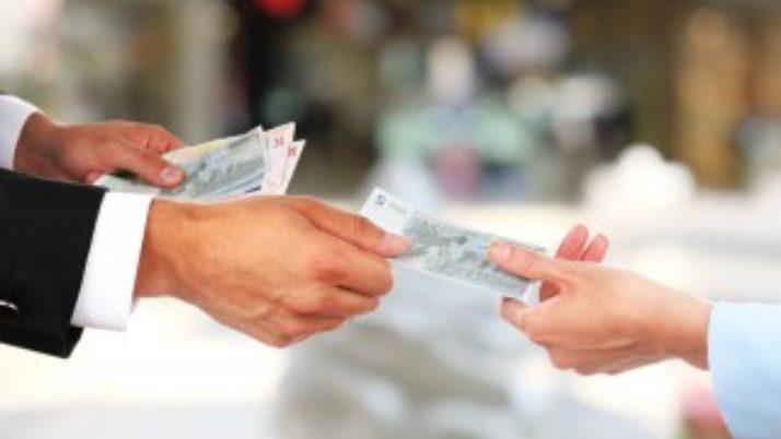Вступает в силу закон о возврате займов нерезидентами