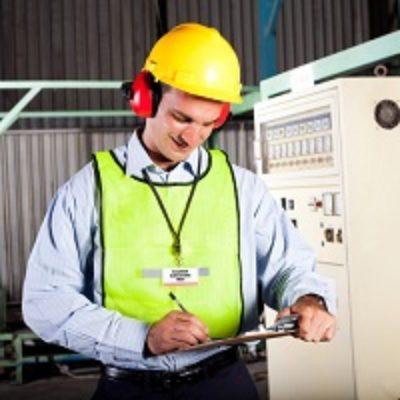 Работодатель не обязан получать согласие работников на передачу персональных данных при проведении СОУТ