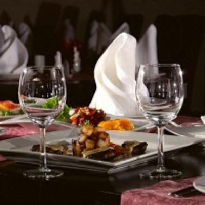 Общественники рассказали о массовых нарушениях законодательства в столичных ресторанах