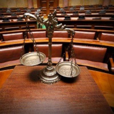 КС РФ разъяснил сроки подачи кассационной жалобы по арбитражным спорам председателю ВС РФ и его заместителям