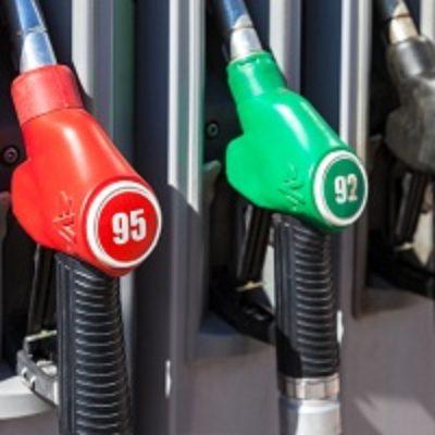 Рост цен на бензин предлагают ограничить уровнем инфляции