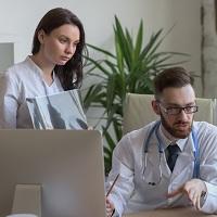 Периодический медицинский осмотр обязаны проходить даже внешние совместители, работающие по два часа в день