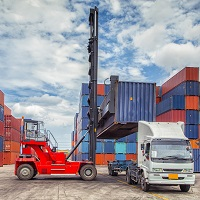 Установлены ставки таможенных сборов за таможенное сопровождение и хранение автотранспортных средств, железнодорожного подвижного состава, водного и воздушного судов