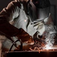 Минэнерго России предлагает установить особенности труда работников в области промышленной безопасности, безопасности гидротехнических сооружений, в сфере электроэнергетики<span id=