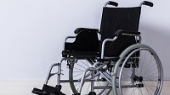 Президент РФ дал ряд поручений по вопросам организации закупок кресел-колясок для инвалидов