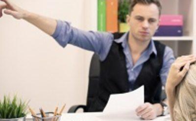 Отсутствие на работе в связи с отстранением даже по вине работника не является прогулом