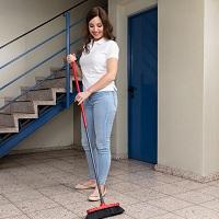 Услуги по уборке лестничных площадок и коридоров не подпадают под ПСН