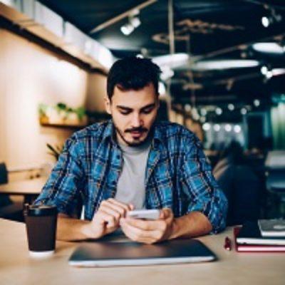 Для проверки налогового уведомления можно воспользоваться мобильным приложением «Реестр ЗАГС»