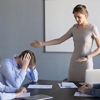 Работодатель вправе уволить работника, утаившего наличие у него другой основной работы в случае предъявления второй трудовой книжки