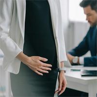 Увольнение беременной женщины по соглашению сторон: разные подходы в судебной практике