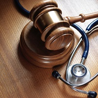 """ВС РФ: ТФОМС обязан оплатить даже """"дефектную"""" медпомощь, оказанную пациенту перед смертью, если эти дефекты не были причиной летального исхода"""