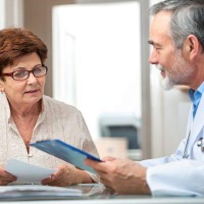 Требуя взыскания морального вреда за некачественное лечение, пациент должен доказать лишь факт своих страданий