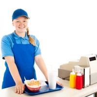 Роструд разъяснил особенности трудоустройства несовершеннолетних