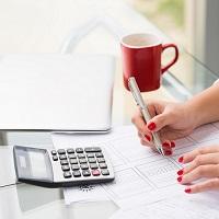 ВС РФ: выставление упрощенцем счета-фактуры с НДС не дает права на вычет