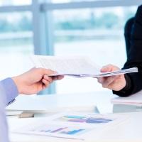 Работодатель не обязан выдавать работнику все документы, связанные с дисциплинарным взысканием